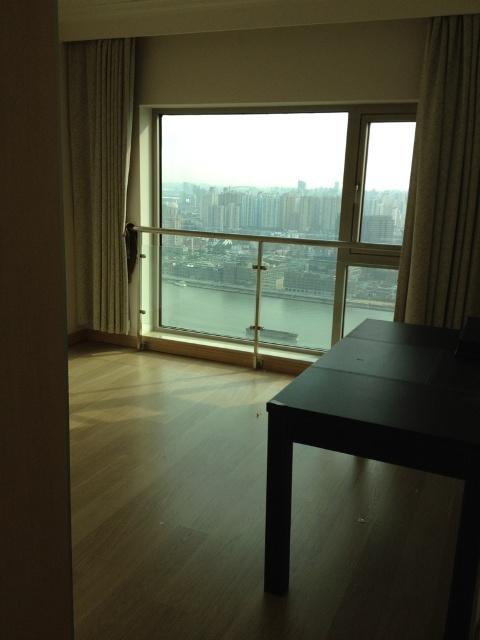 4-guestroom1 beside livingroom